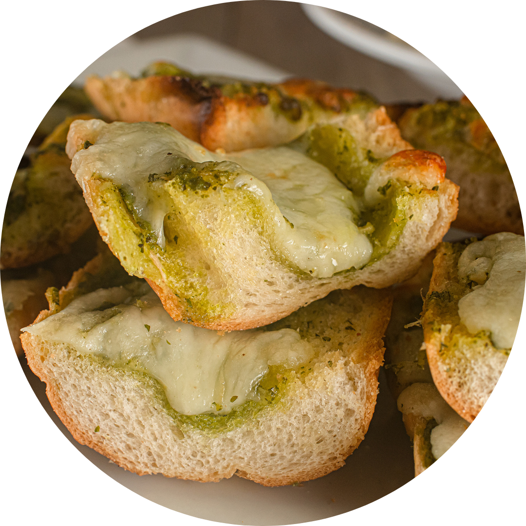 Garlic Bread With Pesto and Cheese